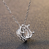 Wholesale Silver jewelry Sterling Silver Diamond Pendant Necklace cube creative heart shaped Necklace Necklace of cutting process
