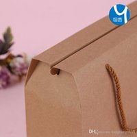 Wholesale NEW Hot sell Spot hand held kraft paper gift box nuts packaging carton printable logo