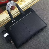 Wholesale Quality goods news famous Designers genuines leathers men s Briefcase Bags high quality Business men bag brand shoulder bag for