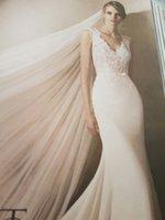2017 Vestidos de boda atractivos de la sirena de la gasa del cuello de V Vestidos de boda nupciales del tren de la corte del arco de la tapa del Applique del cordón