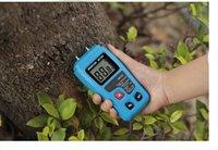 Wholesale EMT01 Portable Digital Wood Moisture Meter LCD Display Data Hold multimeter