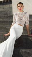 Compra Vestidos de las tapas atractivas-2 piezas de vestidos de boda de la trenza tren real 2017 Julie Vino media mangas de cuello alto de encaje de la cosecha princesa falda estratificada v espalda