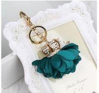 achat en gros de porte-clés ruban-Livraison gratuite Porte-clés de voiture de mode Fleur de rose de ruban de tissu de femmes avec le décor de sac à main de Keychain de couronne d'alliage de strass