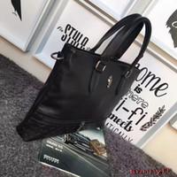 Wholesale Wholesalw fashion style men bag genuine leather designer brand men handbag briefcases message bag