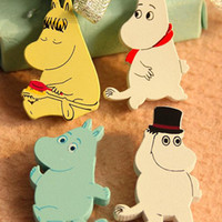 baby brooch pin - Cute cartoon wooden pins New moomin hippo Children Brooch Cute preppy Style Fashion Kids Accessories Baby Gifts C140