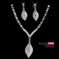 2017 New Rhinestone Cristaux Jewelry Set Cheap Fashion Wedding Evening Prom Accessoires formels Hot Sale Free Shipping Necklace