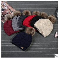 Wholesale CC Trendy Winter Knitted Fur Poms Beanie Unisex beanie Label Fedora Luxury Cable Slouchy Caps Leisure Beanies Outdoor Hats Valentine s Gifts