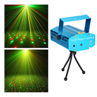 Wholesale Mini Laser Projector Auto Voice activated LED Laser Stage Light Projector for Xmas DJ Disco Party with Adjustable Holder Tripod Red Green