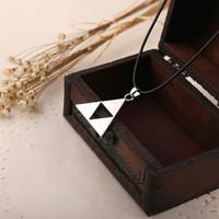 achat en gros de colliers zelda-Legend of Zelda la Triforce Zelda Triforce Collier Alliage Triangle Figure Pendentif Collier bijoux de films 160543