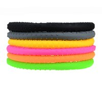 Wholesale HaiNeng Universal New washable durable steering wheel silicone cover cm hubs all purpose silicone steering covers