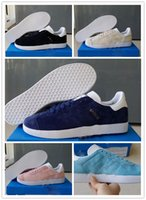 Wholesale New arrival hot sale men s real leather gazelle waterproof sneakers superstar sports Running shoes colours skatebroad shoes