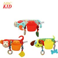 Vente en gros - 2017 New Arrival Cartoon Dog Monkey Jouet avec sac de rangement Newborn Stroller Bed Hanging Brinquedos Toys For Kids KT015