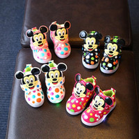 Wholesale Children Kids LED Flash Shoes Lighting Sport Running Shoe Casual Cartoon Mickey Sneaker Luminous Athletic Flat Shoes For Boys Girls F469
