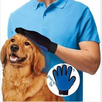 Wholesale New Arrival Deshedding Pet Glove True Touch For Gentle And Efficient Grooming Removal Glove Bath Dog Cat Brush Comb