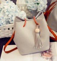 Wholesale new bucket bag ladies mother bag autumn fashion new fringed handbag shoulder Messenger bag
