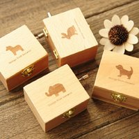 Wholesale The wooden hand music box music box Children s creative birthday present for men and women friends girls girlfriends gifts