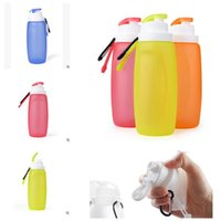 Wholesale Collapsible Silicone Water Bottles Sports Camping Foldable Lightweight Camping Picnic Water Bottles Food Grade Silicone Mini Water Bottle