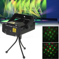 Wholesale Mini Green Red LED Stage Effect Light Laser Projector Sound Activation Stroboflash for Christmas Party Disco DJ KTV Bar Lamp