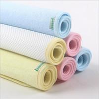 al por mayor colchones de colchón-S tamaño 35 * 45cm 3 colores bebé impermeable hoja protector colchón bambú fibra cambiante almohadillas cama mojando topper hojas pañales