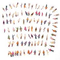 Venta al por mayor-Modelo de personas ABS plástico 100pcs N Escala 1: 150 Mezcla pintado modelo personas tren Parque calle pasajero personas figuras