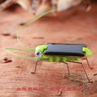 Wholesale 2017 Newest Peculiar gift Solar Energy Grasshopper Toys Interesting Scientific Small Toy Mini Solar Energy Powered Child Kid Toy Locust