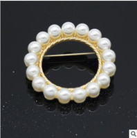 Unisex american needle - Alloy electroplating highlighting brooch brooch pearl circular model pearl brooch One needle is multi purpose shipping free