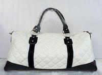 Wholesale 2017 drop shipping and retail Classic Fashion Style women men shoulder handbags bags messenger Duffel Bags