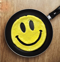 Wholesale Smiling Face Silicone Mold Fancy Egg Fried Muffin Pancakes Mould Kitchen Cooking Tool for Baby Kids Food Breakfast