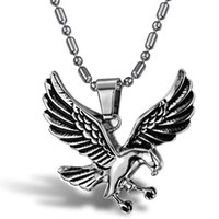Wholesale hot sale stainless steel jewelry fashion Non allergenic anti rust titanium steel flying eagle designer pendant necklace for men