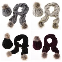Wholesale Beanies Scarves Set Fall Winter Hats Scarfs for Women Fitted Caps Designer Brand Knit Fashion Warm Colors