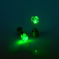 Acheter Stud impériale-Couronne impériale Conçu Boucle d'oreille LED Light Up Boucle d'oreille en or inoxydable
