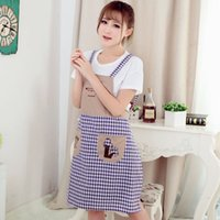 apron embroidered - New Fashion Men and Women Embroidered Sleeveless Shoulder Belt Home Apron Antifouling Oil Cook Cooking Bib and Pocket