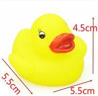 Cheap baby swim toy small kwork bath toy small animal yellow rubber duck infant baby bath bath classic toys