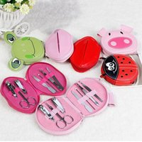 Wholesale 7pcs set Stainless Steel Nail Tools Set Kit Pig Frog Ladybird Shape Pouch Packed Nail Art Tools Set Animal Manicure Case ZA2682