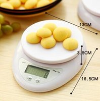 Wholesale New kg g g Digital Kitchen Food Diet Postal Electronic Balance Balance for kitchen accessories baking tools