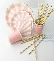 Wholesale Sets Eco friendly Wedding Table Setting Pink Foil Gold Scallop Paper Plates Floral Pink Napkins Cups Straws for Baby Shower
