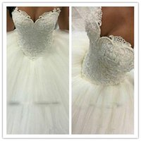 Wholesale Gorgeous Ball Gown Wedding Dresses Sexy Sweetheart Lace Applique Pearls Beaded Tulle Saudi Arabia Wedding Dress Bridal Gowns