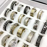 achat en gros de bande de style libre-Vente en gros 30pcs 3 style mélange de style en acier inoxydable anneaux hommes femmes bijoux de mode bijoux fête anneau cadeau bague bande anneau Livraison gratuite