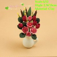 Wholesale 1 dollhouse miniatures red rose and tulip in vase clay flower vase doll house accessory