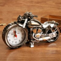 Wholesale Creative Motorcycle Clock Alarm Clock Fashion Retro Motor Van Model Clocks High Qualioty Exquisite Durable Alarms Factory Direct gs