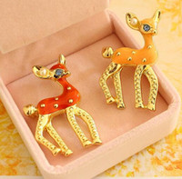 asian blossoms - The deer of sprouting Lovely drip malang the plum blossom fawn The brooch pin chain scarves buckle