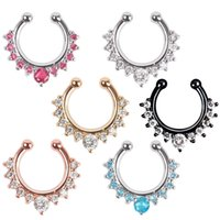 Wholesale New Fashion Fake Clip On Non Piercing Crystal Septum Faux Clicker Nose Ring Randomly Send