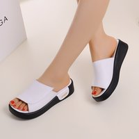 Wholesale 2017 new British wind women s leather slippers thick bottom flat anti skid casual leather slippers