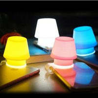 Wholesale Silicone Mobile Phone Lampshade Clip Lights Cellphone Holders Lamps Night Lights Phone shade latest hot sale torch cover DHL free USZ034