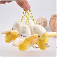 al por mayor rellenas de plátano juguete-Venta al por mayor- 1pcs los plátanos del banano de los 6cm juega la mini felpa de la fruta rellenó el juguete del juguete del teléfono del juguete del plátano BAG colgante JUGUETE la muñeca llena de la cadena de la llave Juguete