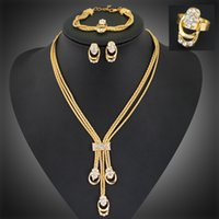 beautiful costume jewelry - New Arrival Gold Plated Beautiful Fashion Jewelry African Costume Jewelry Set Necklace Fashion For Women Ladies Gift
