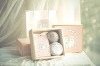 Wholesale Wedding gift The day of wedding products Small white bear couple souvenir refined sugar candy boxes full moon wedding gift gift