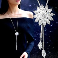 Wholesale New Fashion Jewelry Accessories Luxurious Crystal Flower Pendant Necklaces Long Tassel Sweater Chain Necklace all match female fashion dress