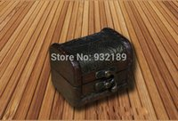 Wholesale Factory directly sell well antique shabby wooden trinket box treasure chest wedding decoration