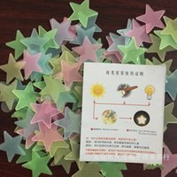 Wholesale 3cm Star Glow In Dark Fluorescent Luminous Sticker Stars Patch Plastic Stereo PP Babysbreath Noctilucent Wall Stickers Hot Sale jq